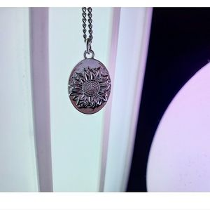 Silver sunflower charm chain necklace